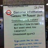 /images/uploads/bilder/london_riots_message_twitter_rossalynwarren.jpg 62999
