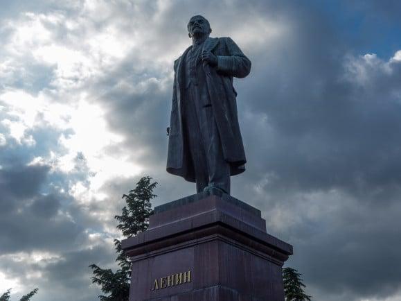 Lenin-Statue im Kurort Yalta auf der Krim. Foto: W*** | flickr.com | CC BY-NC 2.0