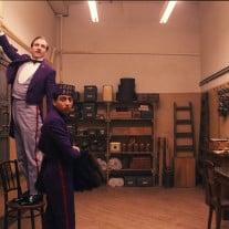 Concierge Gustave (Ralph Fiennes) mit Lehrling und Freund Zero Moustafa (Tony Revolori). © 2014 Twentieth Century Fox