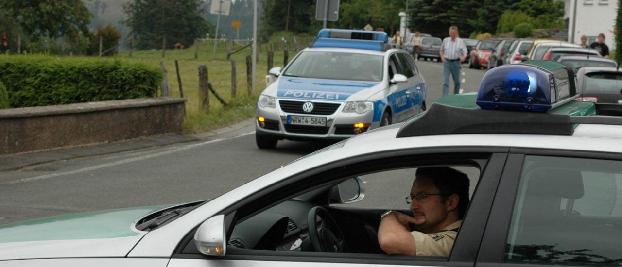 Schützenfest-Security. CC BY-SA 2.0 | Axel Schwenke/ flickr.com