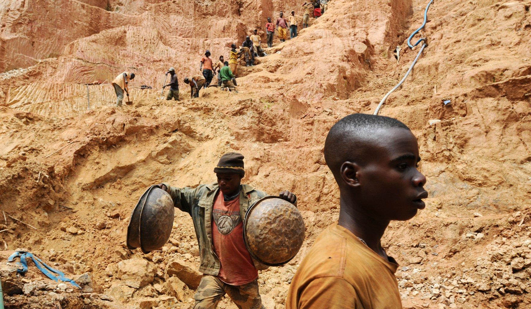 Porno Ralle beim Afro Schlampe benutzen im Kongo