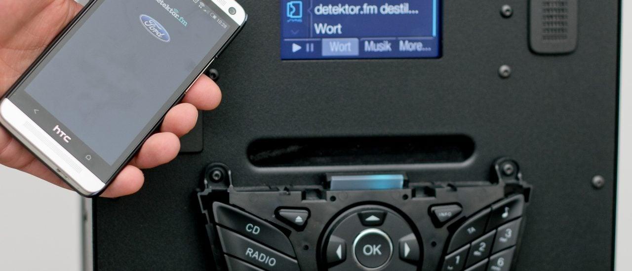 Test der detektor.fm-App im AppLink-System von Ford