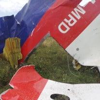 Viele unbeantwortete Fragen: Im Juli 2014 stürzte das Passagierflugzeug MH17 über der Ostukraine ab. Foto: 20140720_122209 CC BY-NC-SA 2.0 | Jeroen Akkermans