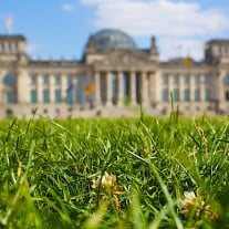 Bundestag Wiese - Lars Steffens Flickr CC BY-SA 2.0