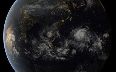 Das Klima der Erde ist ständig im Wandel – und seit knapp 150 Jahren ist der Mensch zu einem, wenn nicht dem Klimafaktor geworden. Mit Hilfe von Klimamodellen können wir das Klima prognostizieren. Foto: Typhoon Haiyan / credit: Foto: CC BY 2.0 | NASA Goddard Space Flight Center | flickr.com