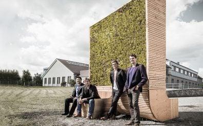 Die 4 Gründer vor ihrem City Tree. Foto: Green City Solutions