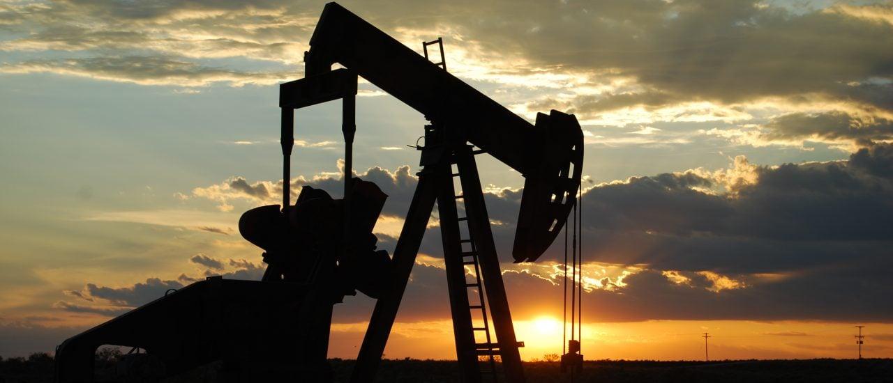 Foto: Oil Pump Jack | Paul Lowry / flickr.com