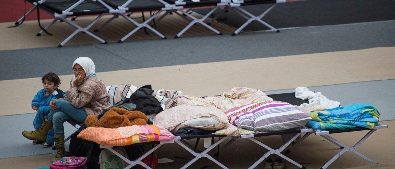Noch immer kommen Geflüchtete nach Deutschland. Doch viele Betten bleiben leer. Foto: Odd Andersen | AFP
