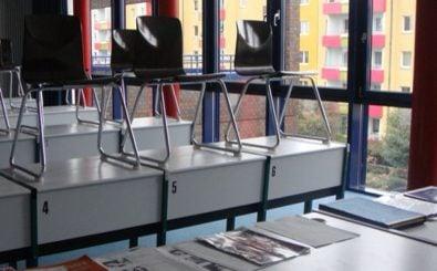 Normalerweise klärt man Streitigkeiten im Klassen- statt im Richterzimmer. Foto: Klassenraum /credits: CC BY 2.0 | silvmedia.de / flickr.com