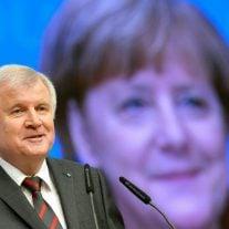 Die beiden Kontrahenten Horst Seehofer (CSU) und Angela Merkel (CDU).