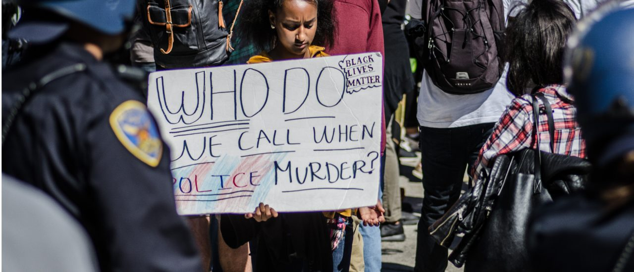 Black-Lives-Matter-Protest in San Francisco. Foto:blacklivesmatter – July 09, 2016 (04 of 42).jpg CC BY-SA 2.0 | Michele Ursino / flickr.com