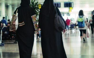 Unionspolitiker fordern ein Burka-Verbot in öffentlichen Ämtern. Foto: Mujeres | CC BY 2.0 | Juanedc / flickr.com