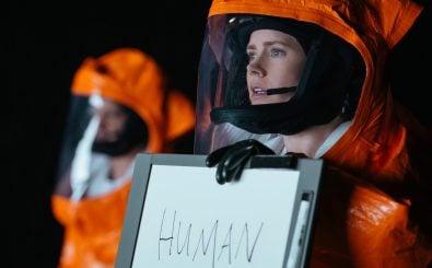 Arrival: Louise Banks (Amy Adams) nimmt ersten Kontakt zur Besatzung des Raumschiffs auf. Foto: | © 2016 Sony Pictures Releasing GmbH