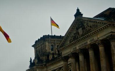Der Bundestag beschäftigt Niedriglöhner. Widerspruch statt Transparenz. Foto: Bundestag CC BY-SA 2.0 | Hernan Pinera / flickr.com