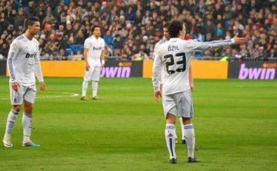 Zwischen 2010 und 2013 gemeinsam bei Real Madrid: Cristiano Ronaldo und Mesut Özil. Foto: Falta CC BY-SA 2.0 | Jan Solo / flickr.com