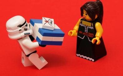 Mit der Wahl der richtigen Geschenke kann auch der größte Bösewicht punkten. Warum eigentlich? Foto: CC0 1.0 | Pascal / flickr.com