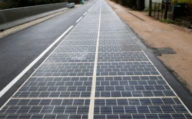 Solarstraßen könnten ein Modell für die Zukunft sein. In Frankreich ist gerade die erste eröffnet worden. Foto: Charly Triballeu | AFP