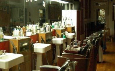 In manchen Branchen wie dem Friseurhandwerk ist der Mindestlohn erst später zur Pflicht geworden. Foto: Dom's Barber Shop | CC BY 2.0 | Carl Lender/ flickr.com