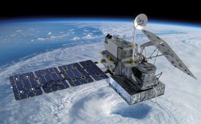 Im All lauert eine Gefahr: Weltraumschrott. Satelliten können durch die Teilchen beschädigt oder zerstört werden. Foto: GPM Core Observatory |NASA Goddard Space Flight Center