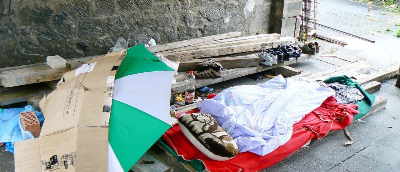 In Deutschland steigt die Zahl der Wohnungslosen. Foto: Obdachlos CC BY 2.0 | Dierk Schaefer / flickr.com