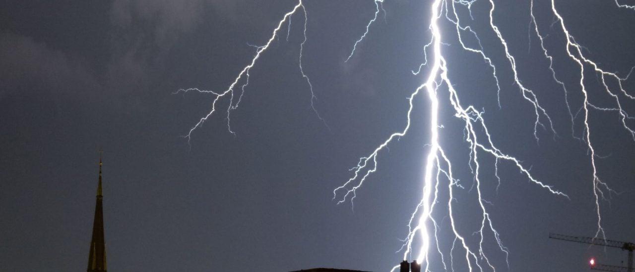 Die Blitzforschung versucht, möglichst viel über die optischen Spektakel herauszufinden. Foto: Blitz | CC BY-SA 2.0 | Etmo / flickr.com
