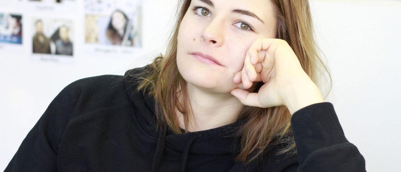 Hazel Brugger, zu Gast im detektor.fm-Studio. Foto: Isabel Woop / detektor.fm