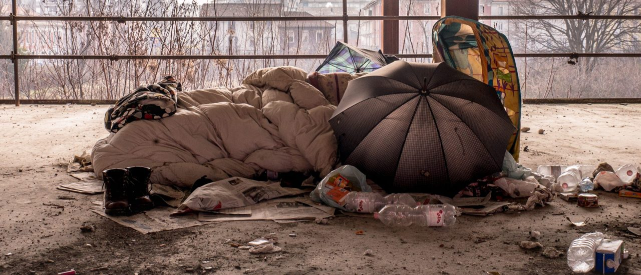 Die Kältewelle trifft vor allem Obdachlose. Foto: Emptiness   CC BY 2.0   Paolo Gambe / flickr.com