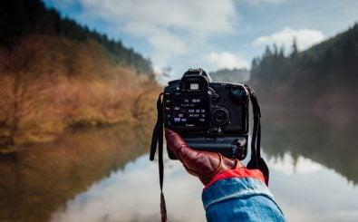 Wer Fotos fremder Fotografen nutzt, sollte sich die Lizenz genau durchlesen. Foto: Tom Holmes / Unsplash.com
