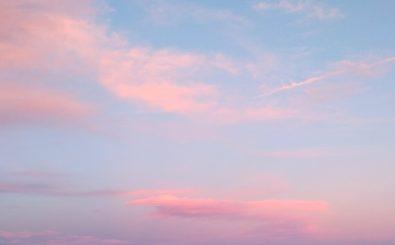 Sieht doch alles gut aus da oben, oder nicht? Hohe FCKW-Emissionen bleiben unsichtbar, greifen aber die Ozonschicht an. Foto: Guillaume Galtier | unsplah.com