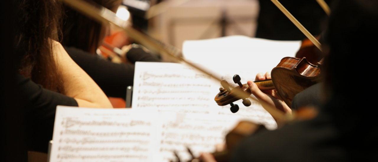 Gustav Mahler gilt als zeitlos. Seine dritte Sinfonie ist eines seiner Meisterwerke. Foto: Stokkete | Shutterstock