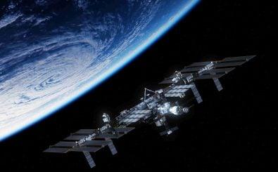 Mit bloßem Auge die ISS am Himmel sehen? Der richtige Moment ist entscheidend. Foto: 3dsculptor | shutterstock.com
