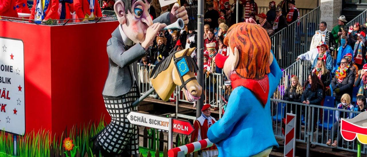 Der Rosenmontagsumzug in Köln ist der bunte Höhepunkt des Karnevals. Foto: Ewa Studio / Kölner Karneval 2018 | shutterstock.com.