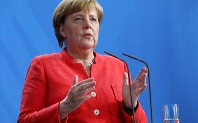 In Fragen rund um die Digitalpolitik steht der Bundeskanzlerin nun ein zehnköpfiges Beratungsgremium zur Seite. Foto: Omer Messinger | AFP