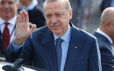 Der türkische Staatspräsident Recep Tayyip Erdogan ist heute als deutscher Staatsgast in Berlin eingetroffen. Foto: