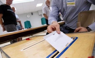 Die Schweden haben ihre Stimme in der Parlamentswahl abgegeben. Was bedeuten die Resultate? Foto: Johan Nilsson | TT News Agency / AFP