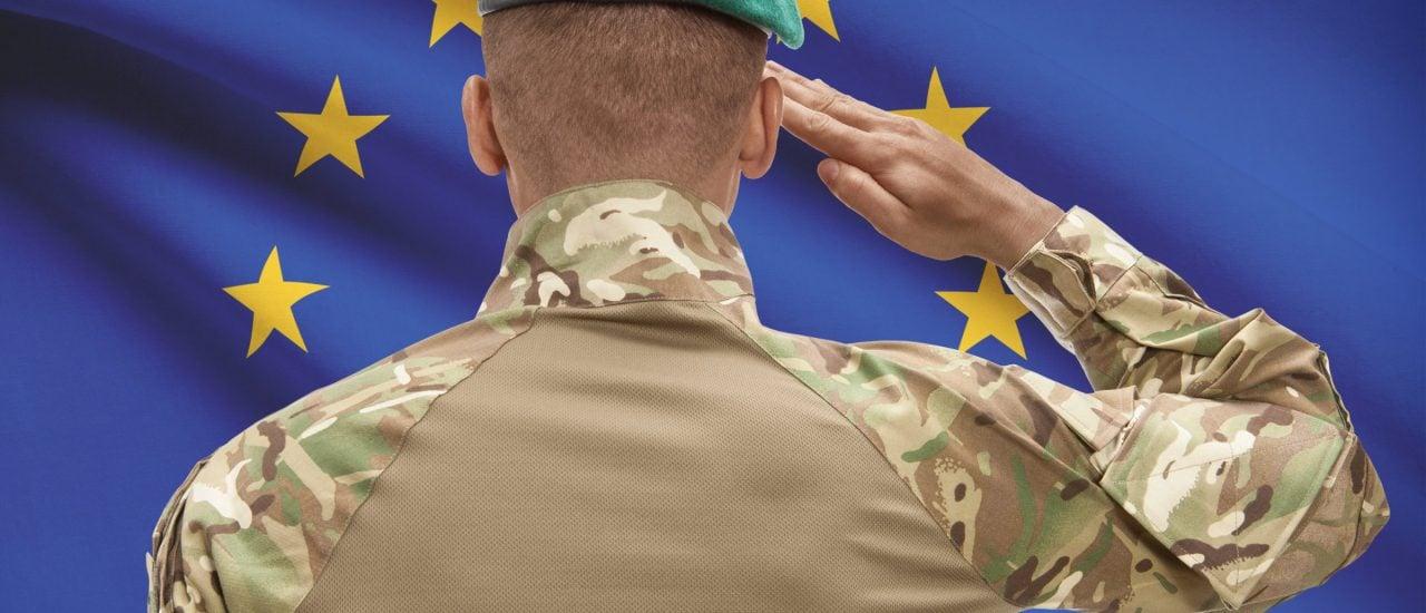 Bleibt wohl erstmal eine Bildmontage: EU-Soldaten. Foto: Nyazz | shutterstock.com