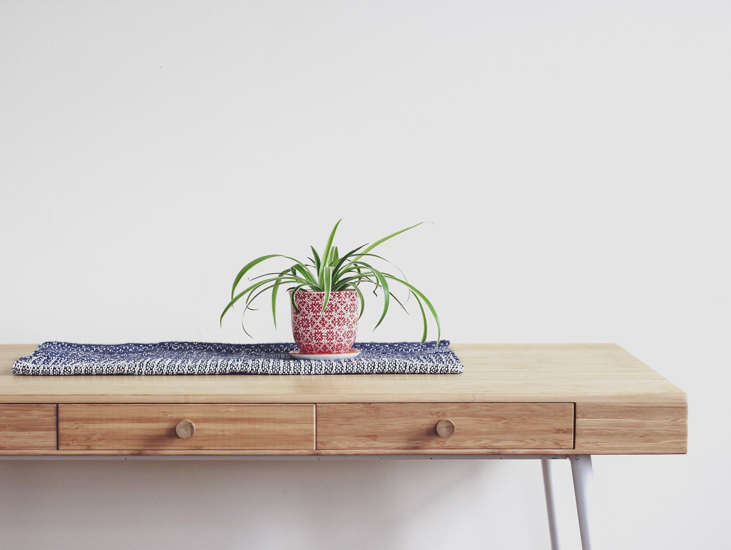 living is easy deutsches design hauptsache funktional. Black Bedroom Furniture Sets. Home Design Ideas