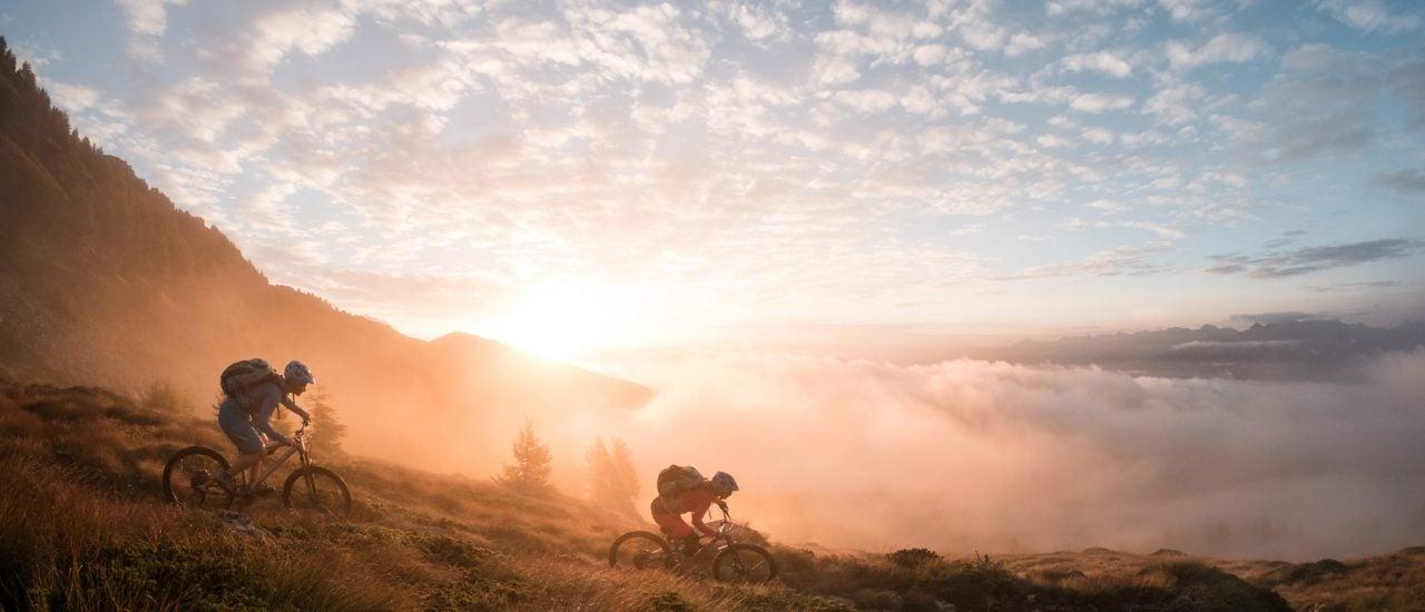 Mountainbikerinnen auf dem Trail. Foto: David Schultheiß | Bloomers Outdoors