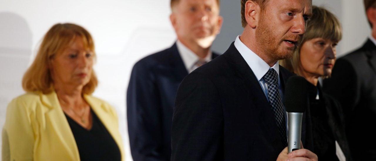 Ministerpräsident Kretzschmer (CDU) mit Teilen seiner Regierung in Sachsen. Wie sieht die nächste Landesregierung aus? Foto: Odd ANDERSEN | AFP