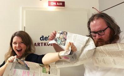 Franziska und Claudius sprechen über Kritiken und Verrisse im Kulturbetrieb. Foto: detektor.fm / Gerolf Meyer