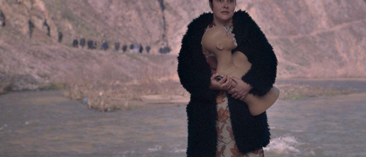 "Die Schauspielerin Zorica Nusheva in ""God Exists, Her Name Is Petrunya"". Foto: © sistersandbrothermitevski | Pressebild"