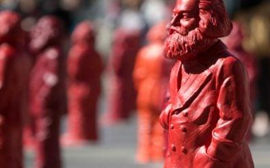 Was, wenn sich die Ideen von Karl Marx durchgesetzt hätten? Foto: Thomas Wieck / AFP