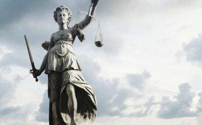 Justitia steht für das Rechtswesen. Foto: TeamDAF | shutterstock.com