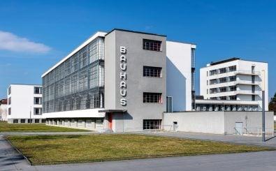 Das Bauhaus in Dessau. Foto: Cinematographer | shutterstock.com
