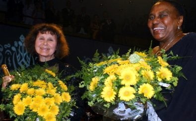 Sofia Gubaidulina und Miriam Makeba AFP JAN COLLSIOO / SCANPIX SWEDEN