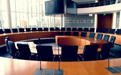 Hier tagt der Finanzausschuss im Bundestag. Foto: ThomasAFink / shutterstock.com