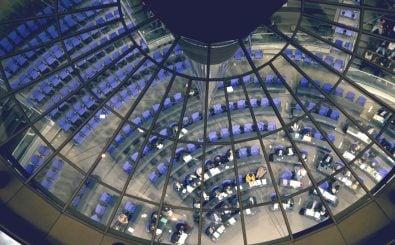 Das Bundeskabinett hat den zweiten Nationalen Aktionsplan Open Government beschlossen. Bild: Matthias Wehnert | Shutterstock