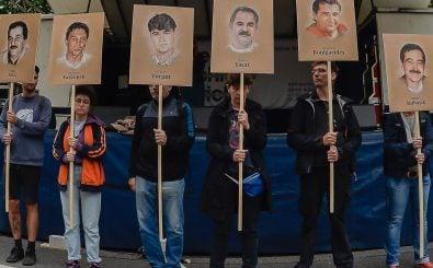 Gedenken an die Mordopfer des NSU während der Prozesse. Foto: Günter Schiffmann | AFP