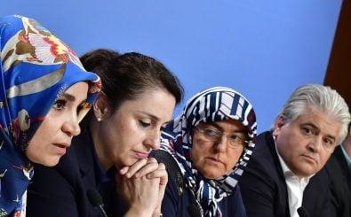 Betroffene des NSU-Terrors haben zusammen mit verschiedenen Initiativen das NSU-Tribunal ins Leben gerufen. Foto: Tobias Schwarz | AFP