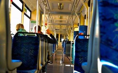 Die Straßenbahnen prägen das Berliner Stadtbild. Die Hauptstadt profitiert stark vom Länderfinanzausgleich. Foto: IchBinJeffee | shutterstock.com